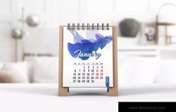 迷你桌面日历设计图样机 Mini Desk Calendar Mockup