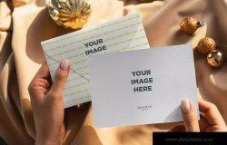 圣诞节明信片设计图预览样机模板 Christmas Postcard Mock-Ups