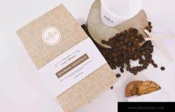 咖啡品牌标识设计咖啡袋&咖啡杯俯视图样机模板 Coffee Bag and Cup Mockup Top View