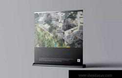 立式方形海报展架PSD样机模板 Wide Rollup Mockup