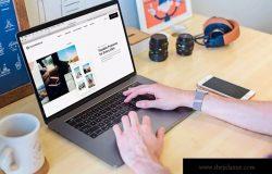 苹果MacBook Pro笔记本电脑样机模板 Macbook Touch Bar Mockup Laptop Website Workplace