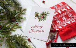 圣诞贺卡海报/传单/贺卡样机 Christmas card poster mockup