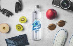 玻璃水瓶包装模型顶部和正面视图Water Bottle Mockups