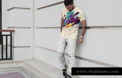 时尚男模T恤服装样机 T-Shirt Mock-Up Stylish Men
