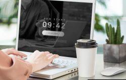 银色电脑办公场景贴图屏幕展示样机
