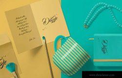 华丽的卡片和信封设计样机模板 Gorgeous Card & Envelope Mockup Scenes