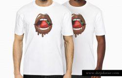 时尚白色皱纹T恤服装样机 White T-Shirt Presentation Mockup