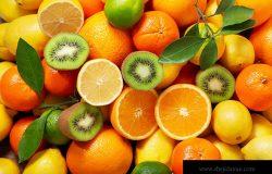混合新鲜水果作为背景顶部视图