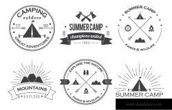 一套老式夏令营徽章和其他户外标志的标志和标签。EPS 10.