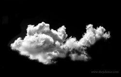 黑色背景上的云